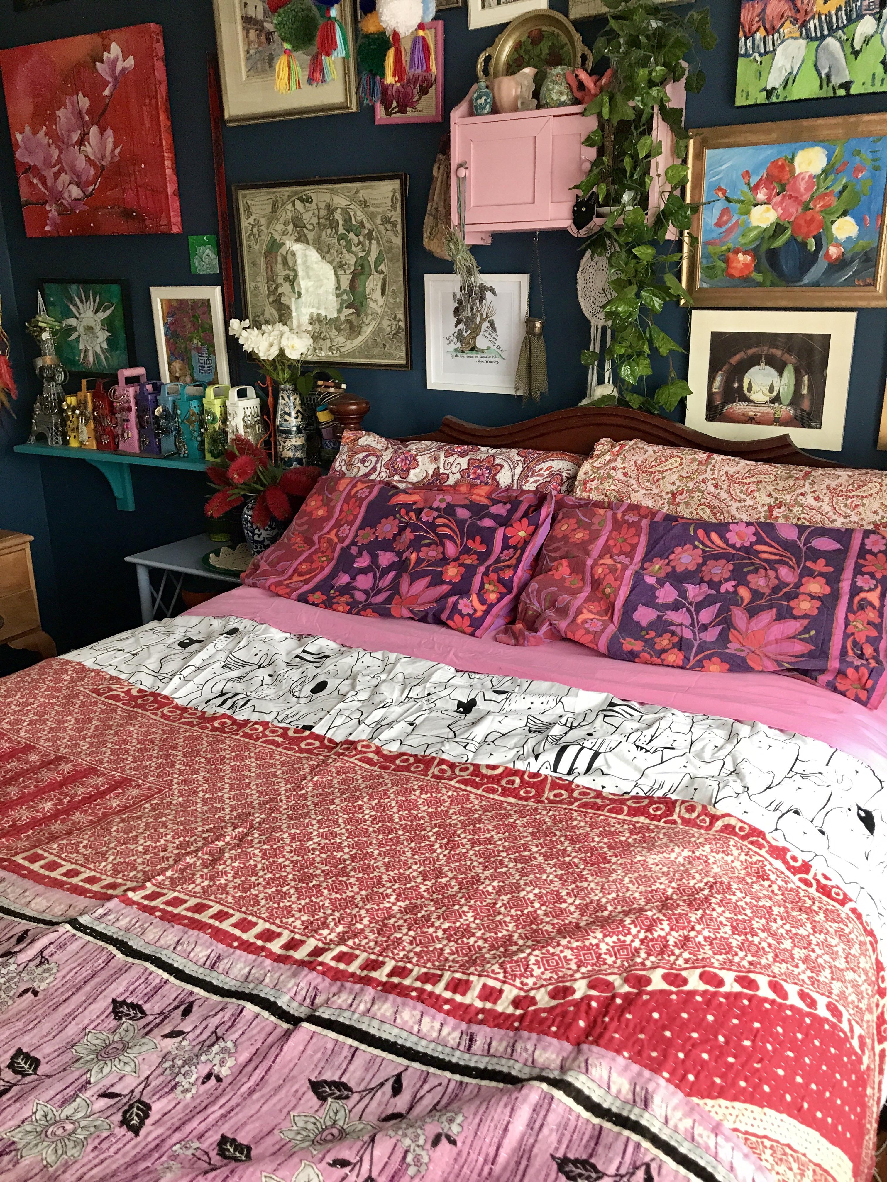 November Bed Post