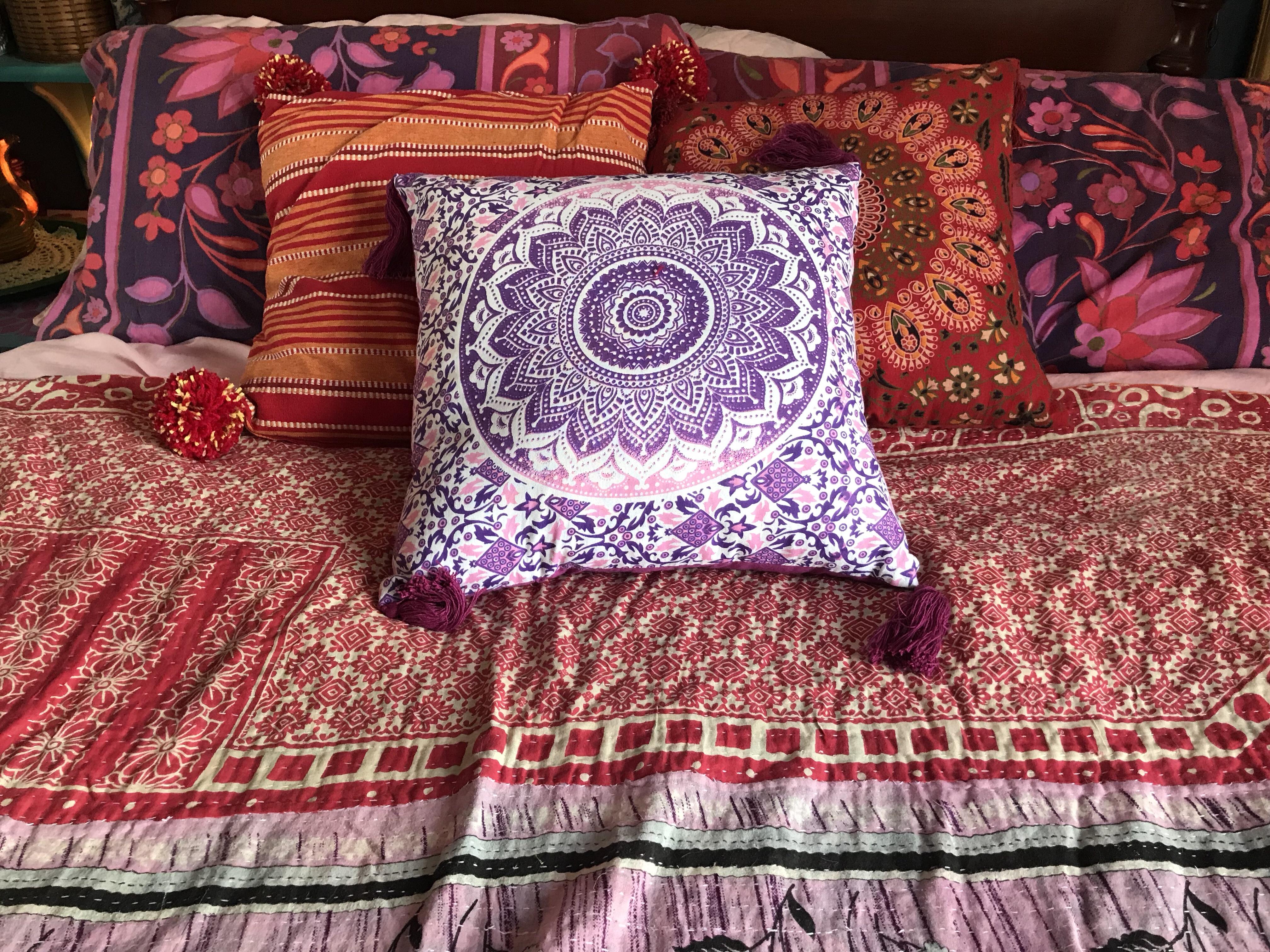 September Bed Post